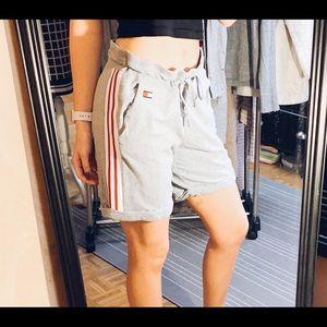 Tommy Hilfiger Shorts Size M✨